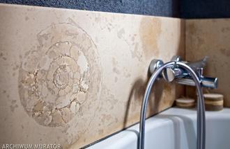 Kamień dekoracyjny w łazience na ścianie  - galeria