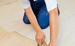 Jak zmienić barwę drewnianej posadzki - krok po kroku