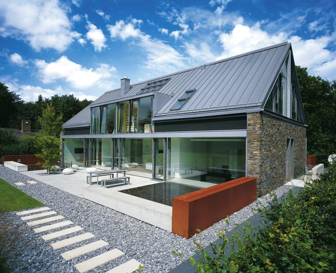 Blacha p aska na dachu uniwersalne pokrycie dachowe for Rapid home designs