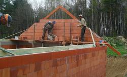 Od pozwolenia do zakończenia budowy domu. Procedury budowlane trwają nawet 160 dni